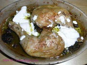 Cuisses de poulet au four, sauce aux morilles