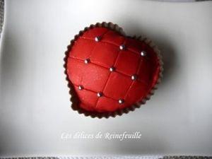 Cupcake de la Saint-Valentin à la framboise et eau de rose