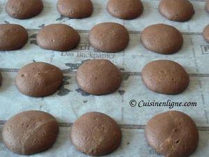 Coques des whoopie pies chocolat cuites